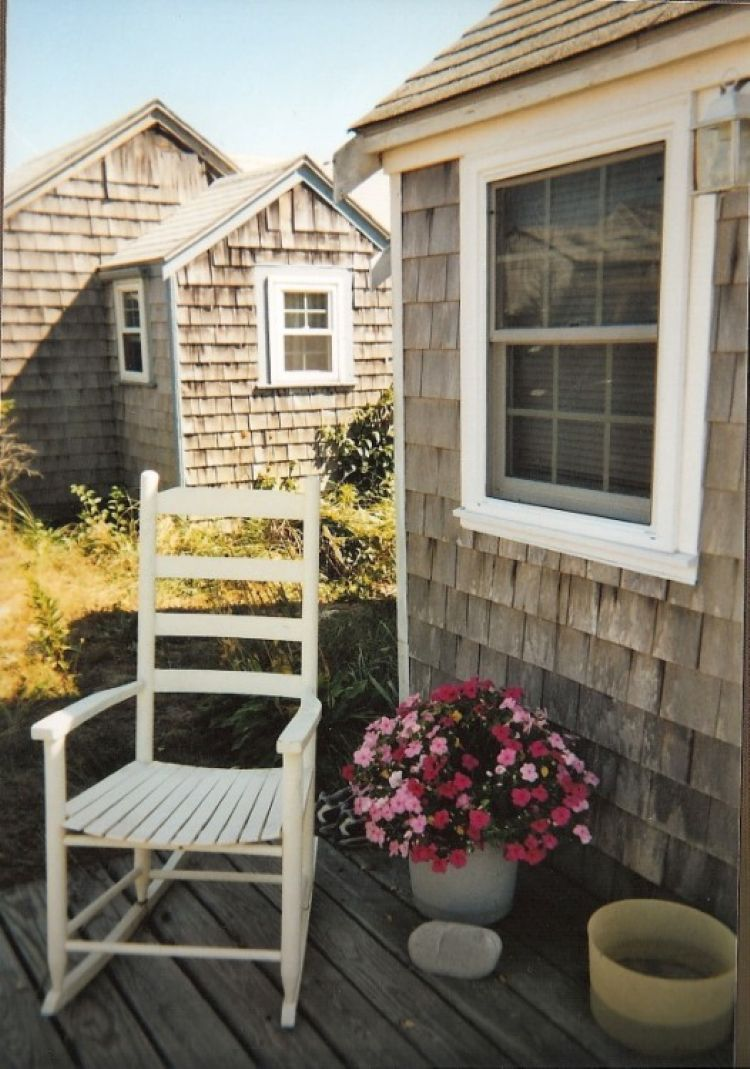176 north shore blvd east sandwich ma east sandwich front porch for relaxing in the sunshine nvjuhfo Choice Image